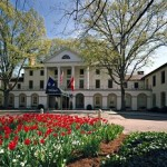 10 Historic Hotels with Virginia Charm
