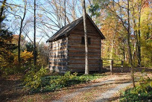 Patrick Henry's Red Hill - Quarter Place Cabin