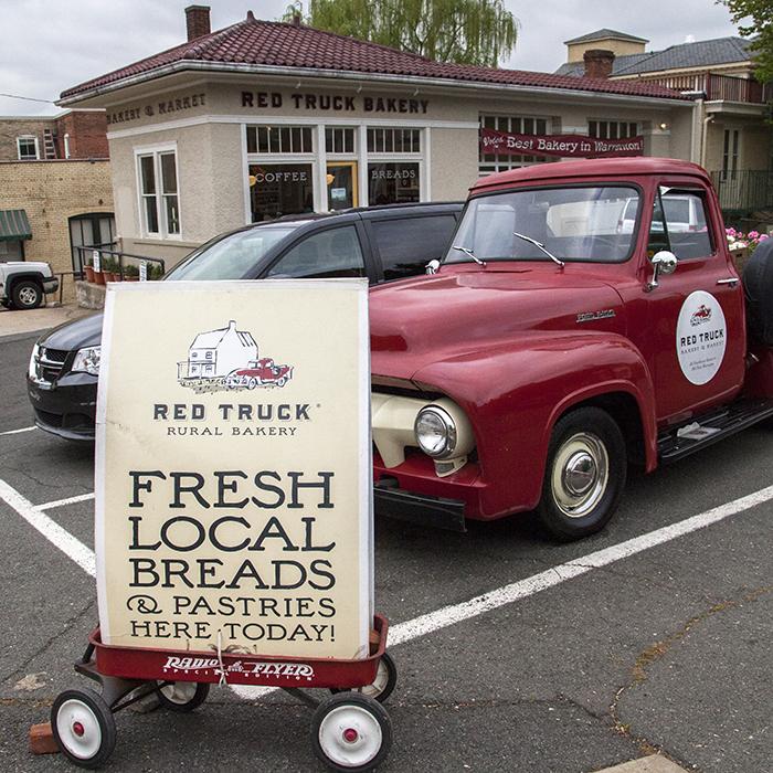 Red Truck Bakery, Warranton