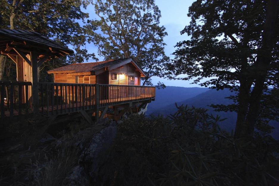 Golden Eagle Treehouse