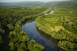 Shenadoah River. Photo by CameronDavidson@CameronDavidson.com.