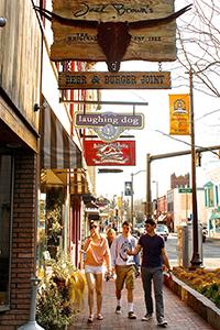 Downtown Harrisonburg. ©Elisabeth Bixby