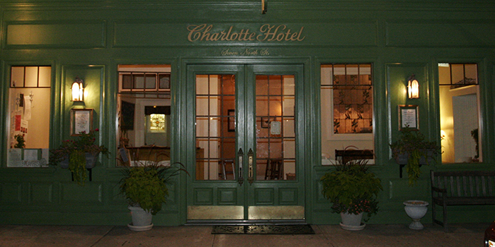 Eight boutique hotels vintage stays in virginia for Charlotte nc boutique hotels