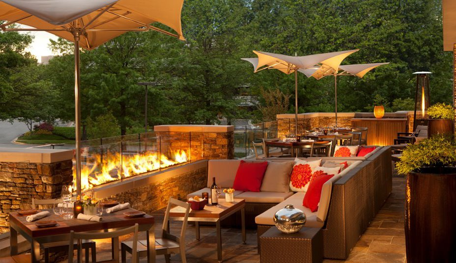 Great virginia patio dining virginia 39 s travel blog for Best outdoor dining