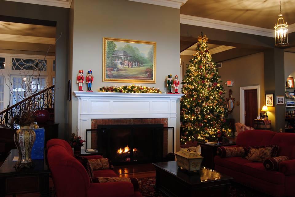 Mimslyn Inn Christmas