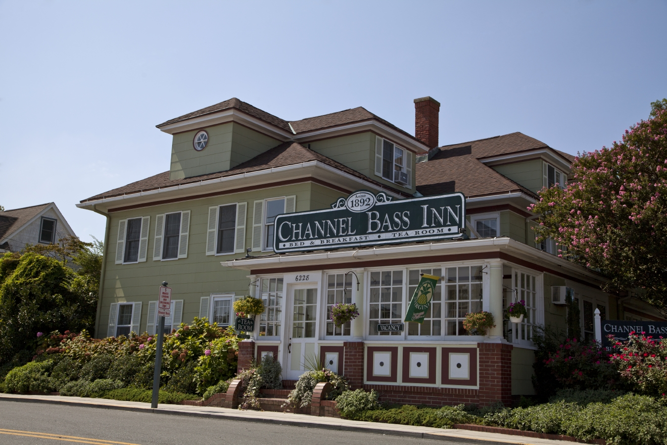 Channel Bass Inn Bed & Breakfast