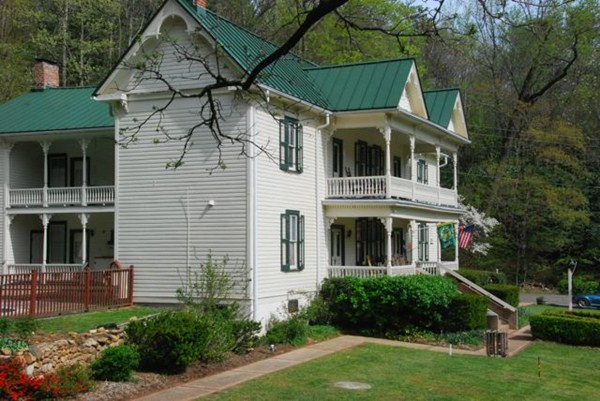 mountain rose inn