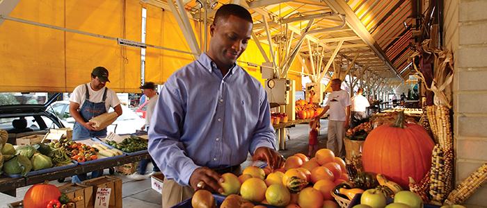 Roanoke Farmers' Market