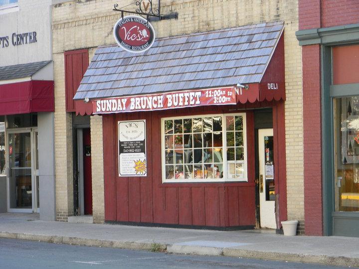 Vic's Family Restaurant