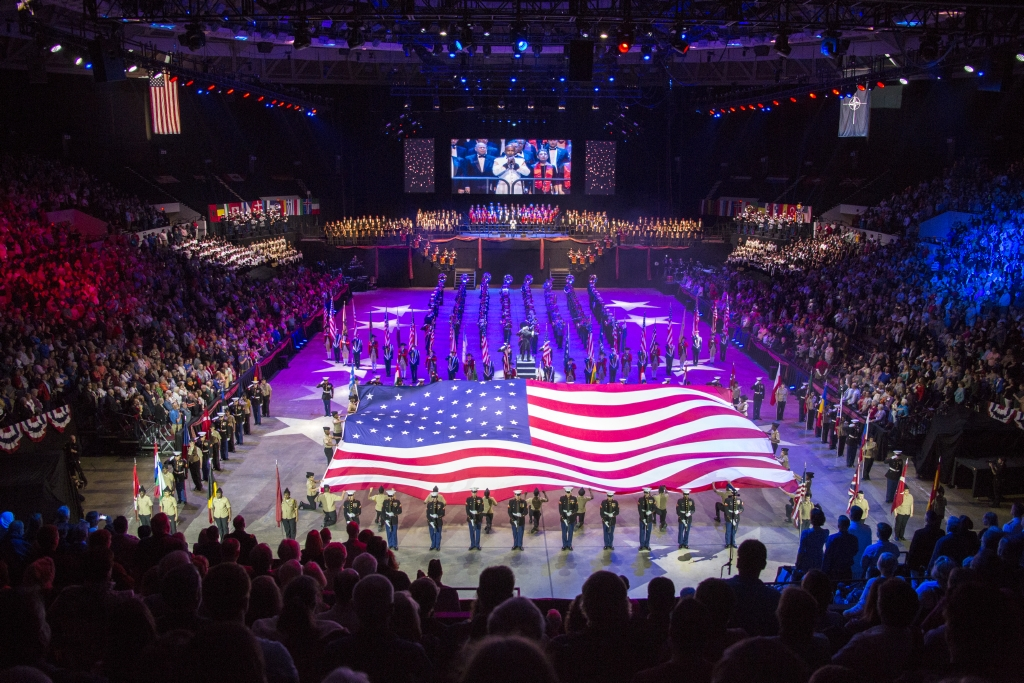 Presented annually in Norfolk, Virginia, the Virginia International Tattoo is an exhibition of military bands, massed pipes and drums, military drill teams, gymnasts, Scottish dancers, and choirs. It is the largest show of its kind in the US, involving casts of over 800 artists from many different countries.
