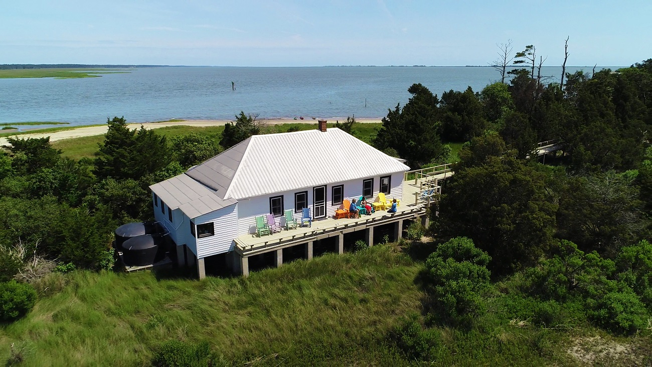 holly hills bluff island guest house
