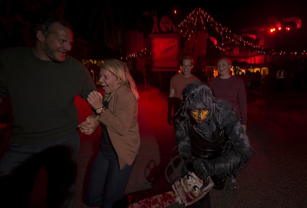 Busch Gardens Howl o Scream Halloween theme park