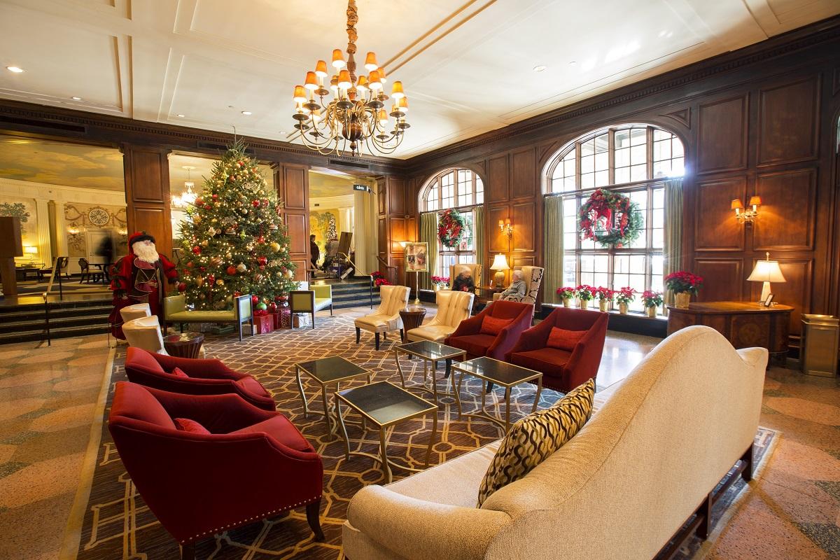hotel roanoke holidays