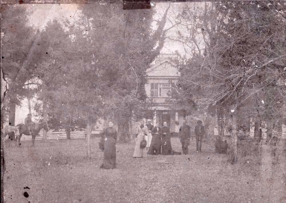 1892 The manor house at locust thicket