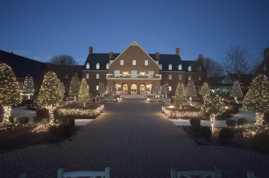 The Founders Inn and Spa Illumination