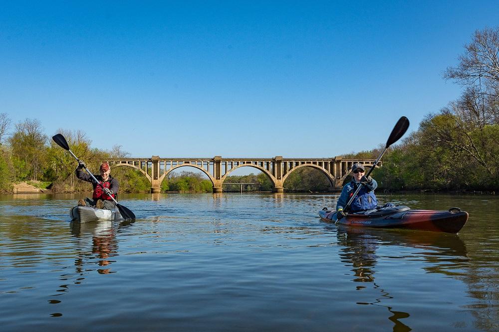 river rock outfitters kayaking in fredericksburg