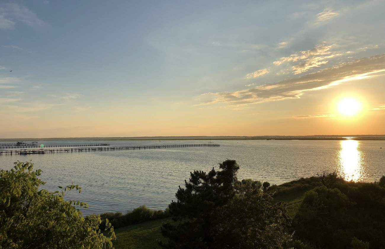 chincoteague island sunset over the Chesapeake Bay