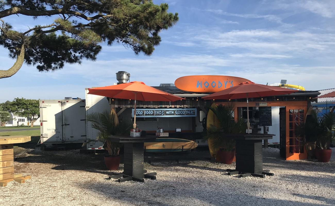 woodys beach bbq chincoteague barbecue food truck