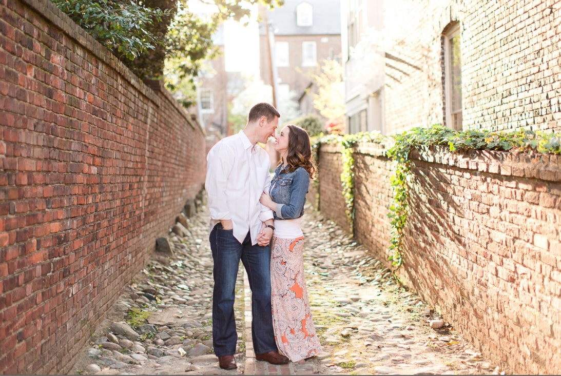 old town alexandria engagement photo shoot weddings