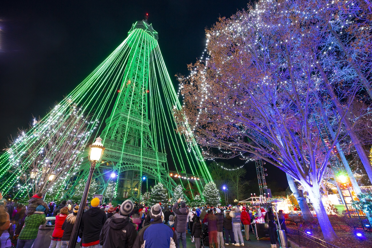 winterfest at kings dominion holiday decorations