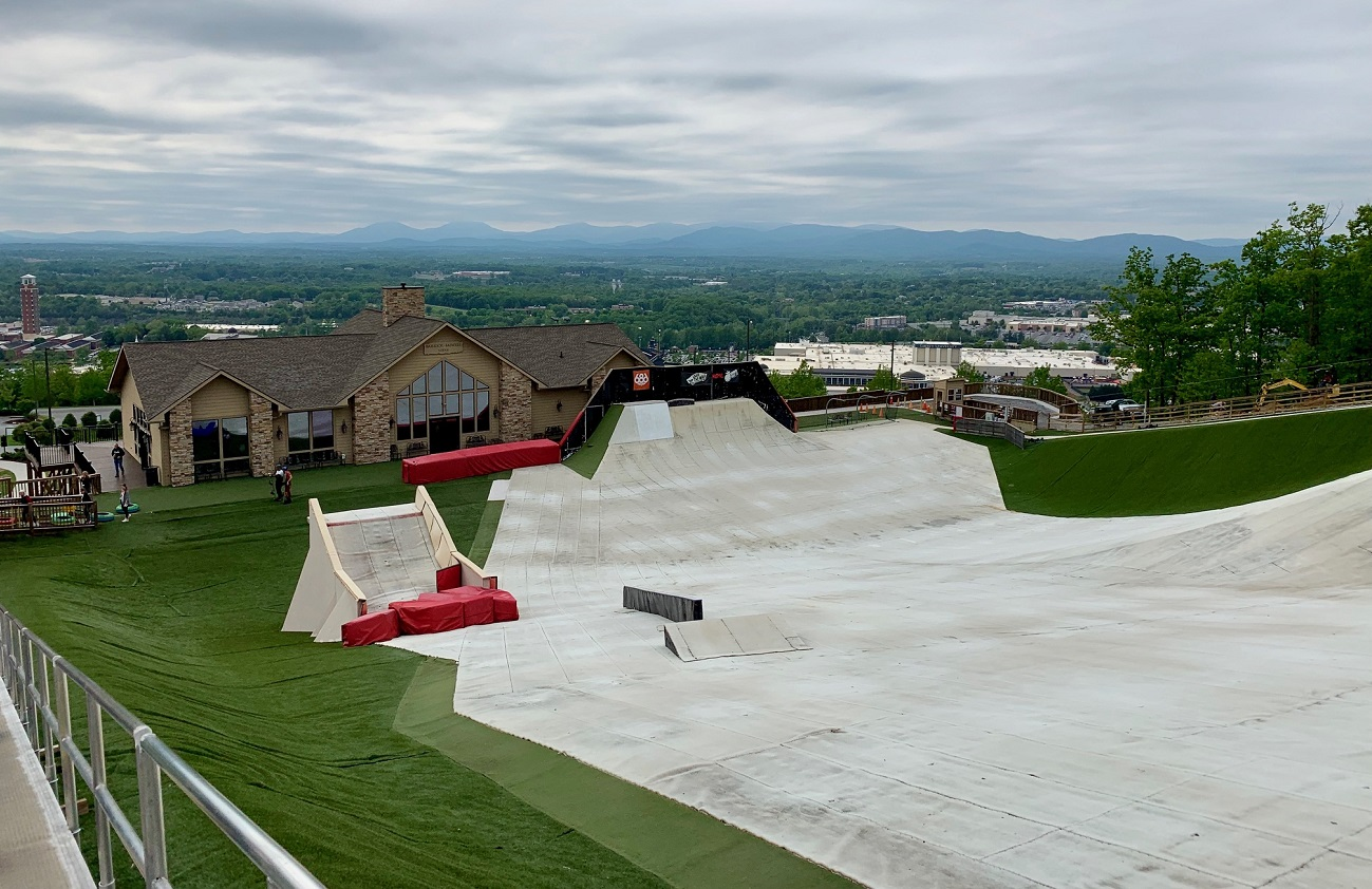 Liberty Mountain Snowflex Center All-Season Snow Park Lynchburg