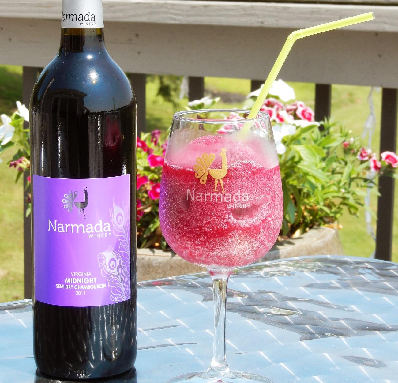 frozen wine slushies at narmada winery and vineyard