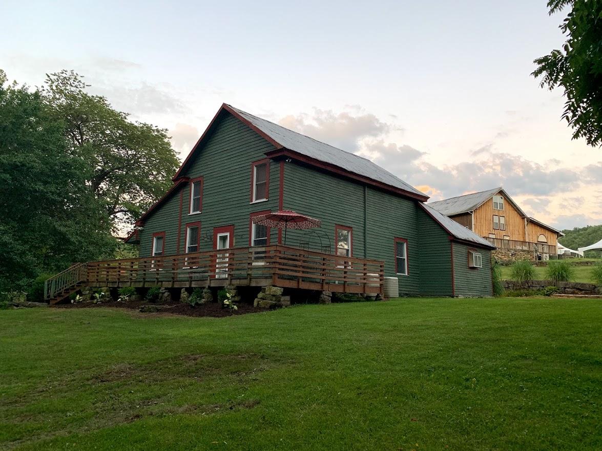 iron heart winery fariss farm cabin