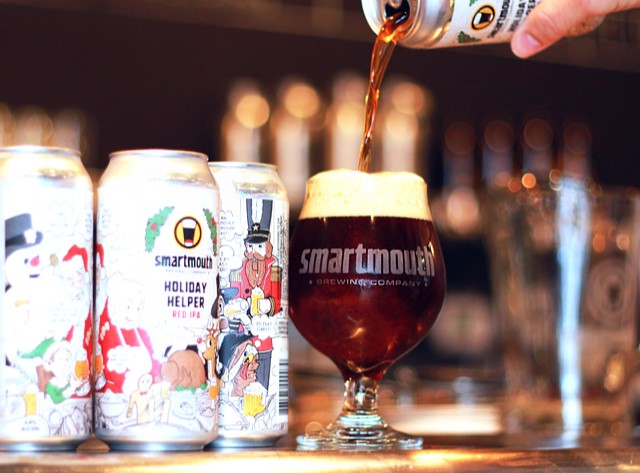 Smartmouth Brewing Company Holiday Helper beer